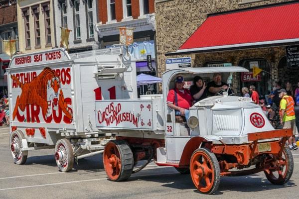 Aurthur Bros. Ticket Wagon No.11